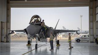 F-35 وطاقمها،  قاعدة الظفرة الجوية - الإمارات العربية المتحدة