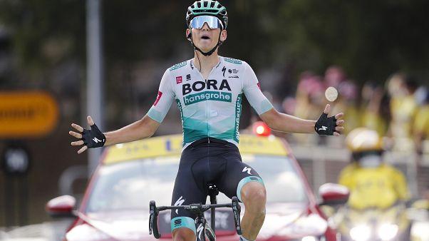 Lennard Kamna remporte la 16ème étape du Tour de France 2020, à Villard-de-Lans, France, le 15 septembre 2020