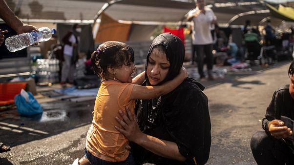 من ضحايا حريق مخيم موريا