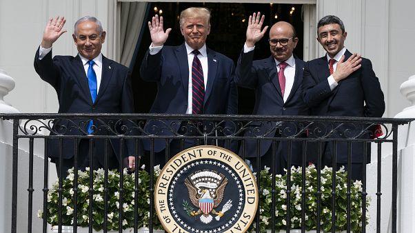 (L-R) Israeli PM Benjamin Netanyahu, Donald Trump, Bahrain Foreign Minister Khalid bin Ahmed Al Khalifa and UAE Foreign Minister Abdullah bin Zayed al-Nahyan, Sept. 15, 2020.