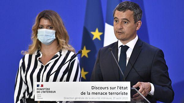 Fransa İçişleri Bakanı Gerald Darmanin ve Vatandaşlık İşlerinden Sorumlu Devlet Bakanı Marlene Schiappa
