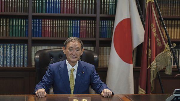 Le nouveau Premier ministre Yoshihide Suga élu par le parlement japonais