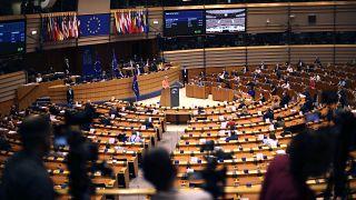 مصداقية الاتحاد الأوروبي على المحك بعد اعتراض بيلاروس طائرة تقل معارضا