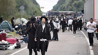 Roş Aşana Bayramı kutlamaları için Belarus - Ukrayna sınırında toplanan Ortodoks Yahudiler