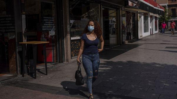 Карантин в Мадриде затронет бедные рабочие кварталы, расположенные на юге испанской столицы