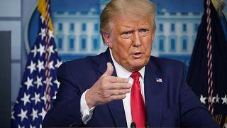 Koronavírus: Trump-Biden vakcinavita az elnökválasztás jegyében