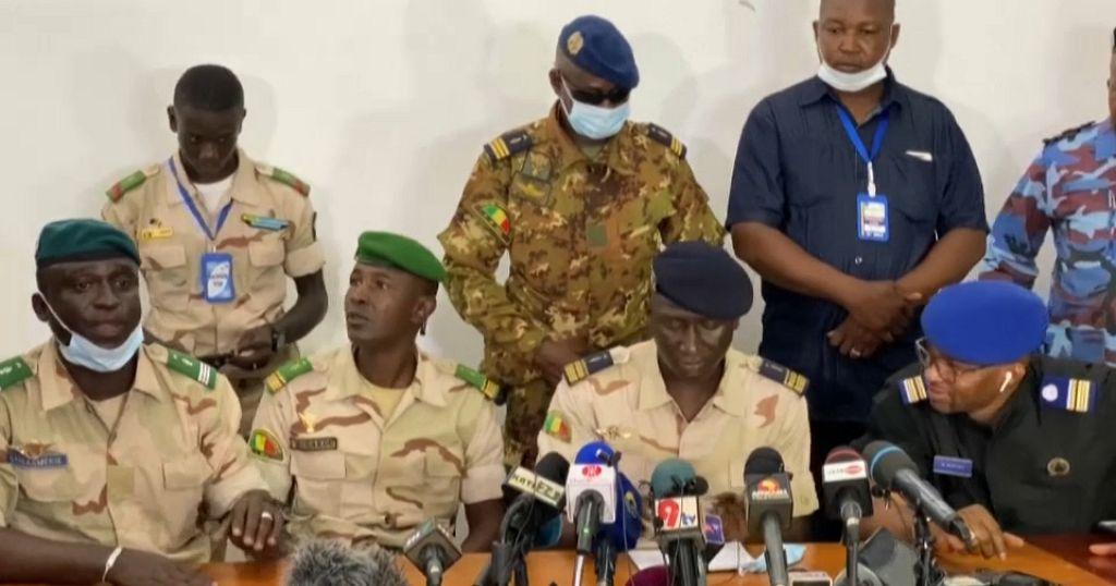 Mali junta to appoint interim president after embargo threat