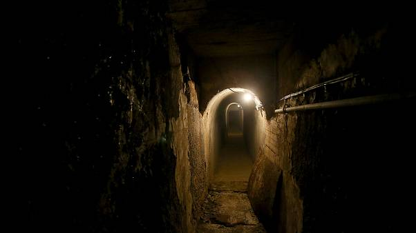 """Dark Tourism"" in Albanien: Die Bunker des Diktators"