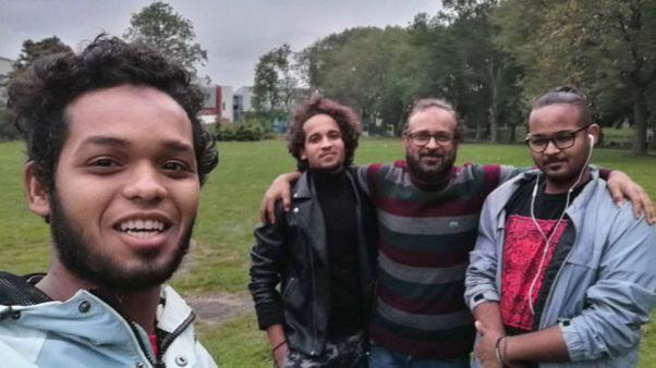Hassan junto a su familia