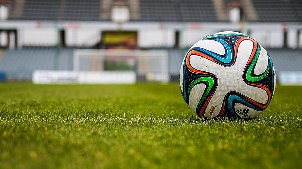 Немецкий любительский футбольный клуб проиграл со счетом 0:37, решив во время матча соблюдать социальную дистанцию.