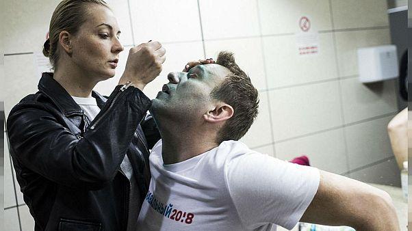Navalny'ı zehirlediği belirtilen maddenin kaldığı oteldeki su şişesinde bulunduğu iddia edildi