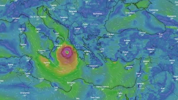 A wind forecast from windy.com shows Cyclone Ianos approaching Greece at 18h00 CET on September 17, 2020.