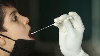 Novo coronavírus ultrapassa os 30 milhões de infeções