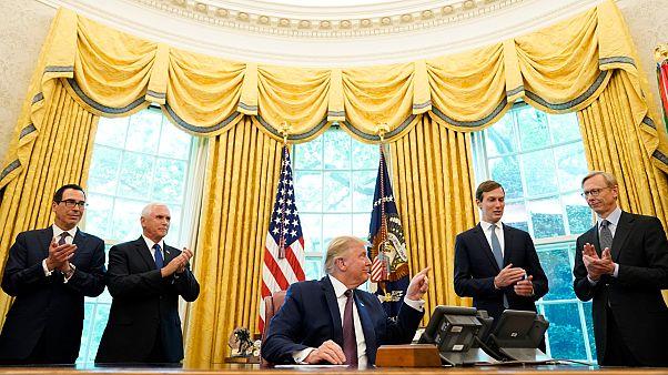 إدارة الرئيس الأمريكي دونالد ترامب في البيت الأبيض.