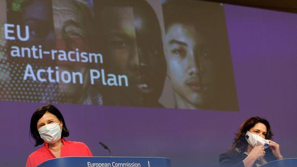 Еврокомиссия представила план действий против расизма