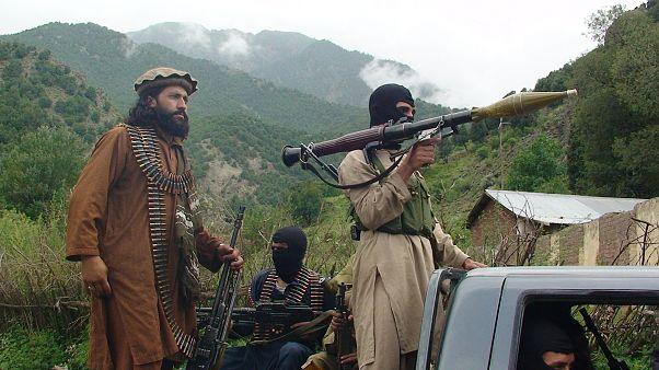 Pakistan Talibanı (Tahrik-i Tuleba-yı Pakistan) militanları