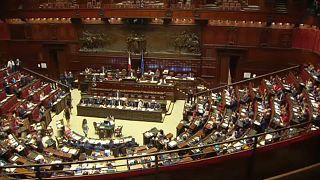 Italia acude a las urnas para reducir el número de parlamentarios