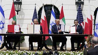 ترامب و وزير خارجية البحرين خالد بن أحمد آل خليفة ونتنياهو وعبد الله بن زايد في واشنطن ، 15 سبتمبر 2020