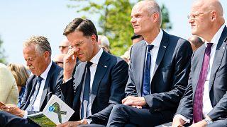 Hollanda Adalet Bakanı Grapperhaus'a sosyal mesafe kurallarını ihlal ettiği gerekçesiyle para cezası kesildi