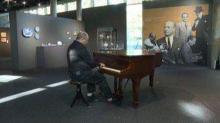 مزاد على مقتنيات عازف البيانو الشهير في فيلم بولانسكي