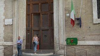 Τριπλές κάλπες στην Ιταλία