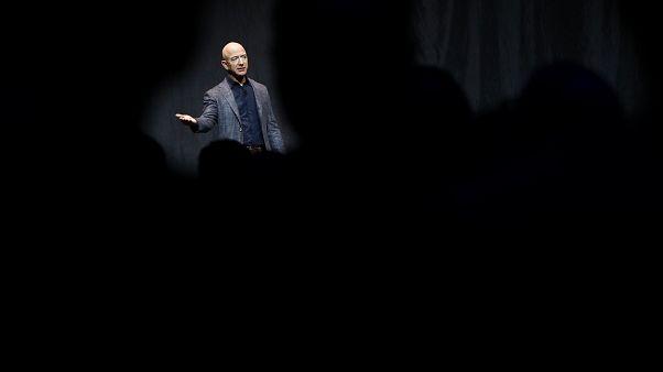 جيف بيزوس مالك ومؤسس شركة آمازون