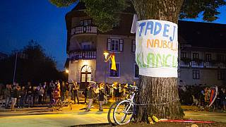 Fête dans le village natal de Tadej Pogacar, Komenda, en Slovénie