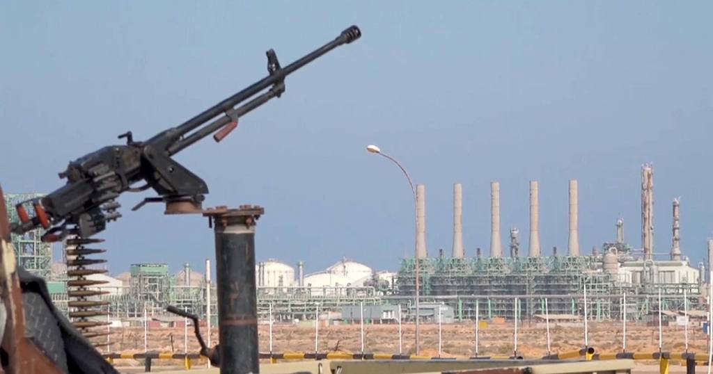 Libya's parties demand equal division of oil