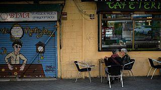 Мадрид вводит частичный карантин, Лондон раздумывает