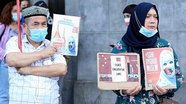 Çin'in Doğu Türkistan politikasını protesto eden Uygur Türkleri