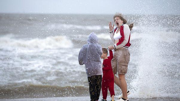 Megérkezett a Beta nevű trópusi vihar Texasba