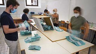Wahlbüro in Italien
