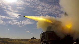 إطلاق صاروخ من قاعدة أشولوك العسكرية جنوب روسيا.