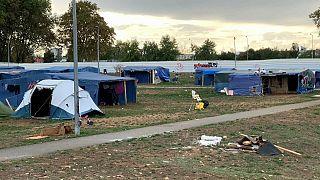 Syrians migrants expecting their eviction near Lyon