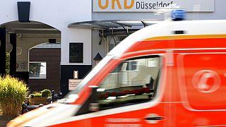 Krankenwagen vor der Düsseldorfer Universitätsklinik, 15.9.2020