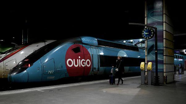 Un Ouigo à quai dans la gare Montparnasse - Archive du 5 décembre 2019