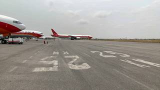 Avião fa TAAG prepara-se para descolar rumo a Lisboa