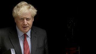 """Boris Johnson prepara a Gran Bretaña para unos meses """"muy duros"""""""
