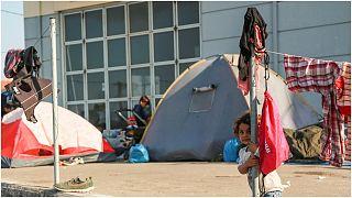 خيام للاجئين في اليونان