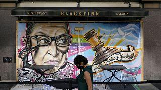 Un murale a Washington dedicato a Ruth Bader Ginsburg, la giudice della Corte Suprema scomparsa di recente