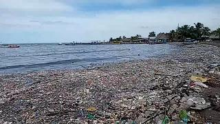Honduras massive trash wave