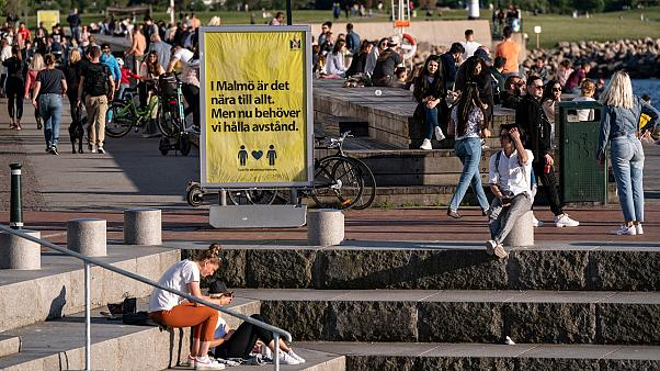 İsveç hükümeti Avrupa'nın diğer ülkelerine nazaran salgınla mücadelede farklı bir strateji izledi. Malmö