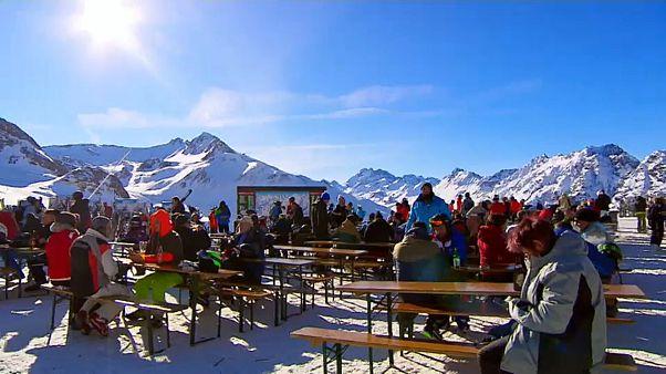 Austria, norme anti-covid più rigide per chi va a sciare