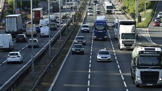 Intelligente Autobahnen: Britisches Verkehrskonzept sorgt für Kritik