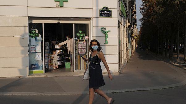 França adota pulseira eletrónica para agressores conjugais