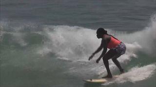 Khadjou Sambe surfe sur les préjugés