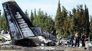 Mueren 22 personas en el accidente de un avión militar en Ucrania