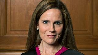 Trump escolhe Amy Coney Barrett para o Supremo Tribunal