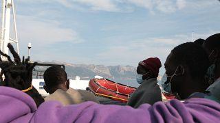 Les migrants du Alan Kurdi en Italie