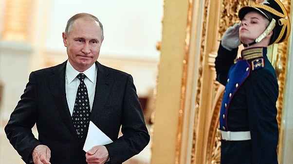 Putyin az Állami Tanács ülésére érkezik a Kremlbe, 2017-ben